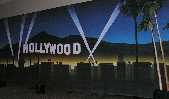 hollywood hills mural